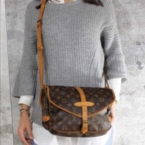Louis Vuitton Shoulder Bag Saumur 30